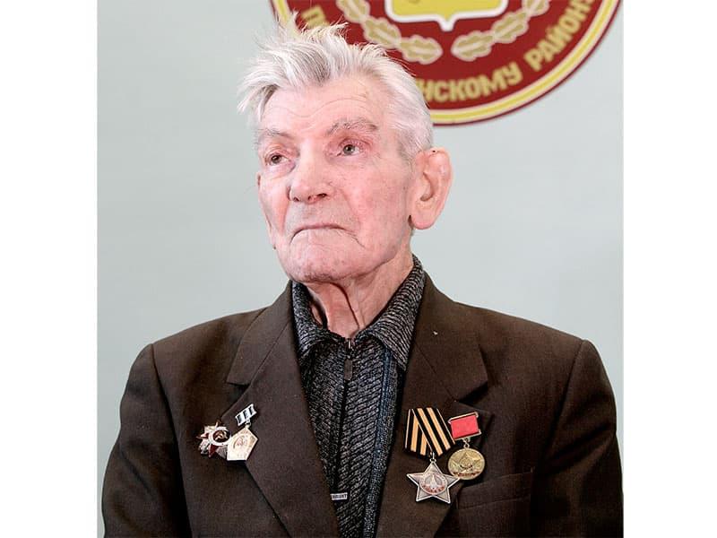 О героических страницах Сталинградской битвы вспоминает ее участник Ш. Р. Сабирзянов, которому 23 января исполняется 90 лет