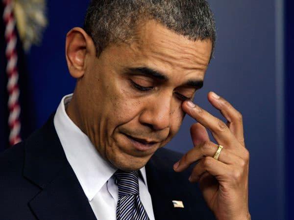 Президент США Б. Обама заявил что обнимал медсестер которые ухаживали за больными Эболой