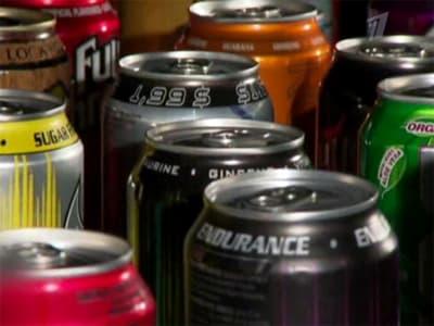 Исследование: энергетические напитки никакой энергии организму не дают