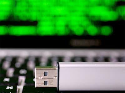 СМИ: в Интернете появился вирус, направленный против России