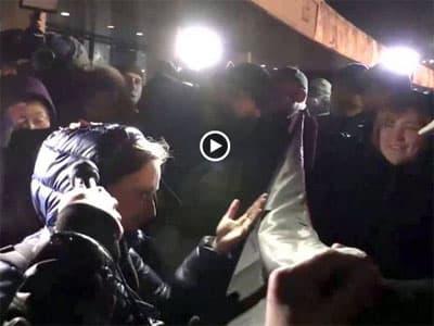 В Киеве местные журналисты спровоцировали избиение российской журналистки (видео)