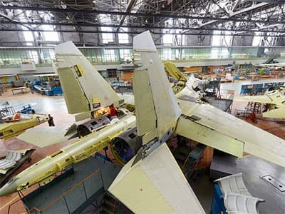 Сергей Шойгу обсудил гособоронзаказ с Иркутским авиазаводом