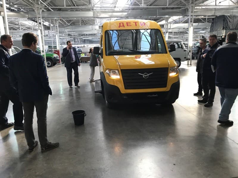 В 2018-ом «УАЗ» покажет гибридный фургон УАЗ Профи