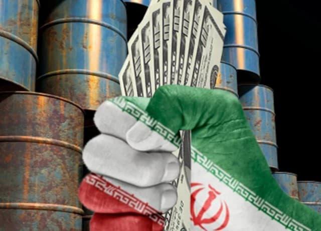 Иран объявил бойкот доллару