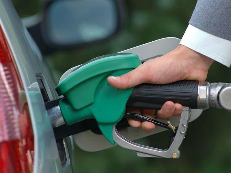 Бензин подорожал рекордными темпами