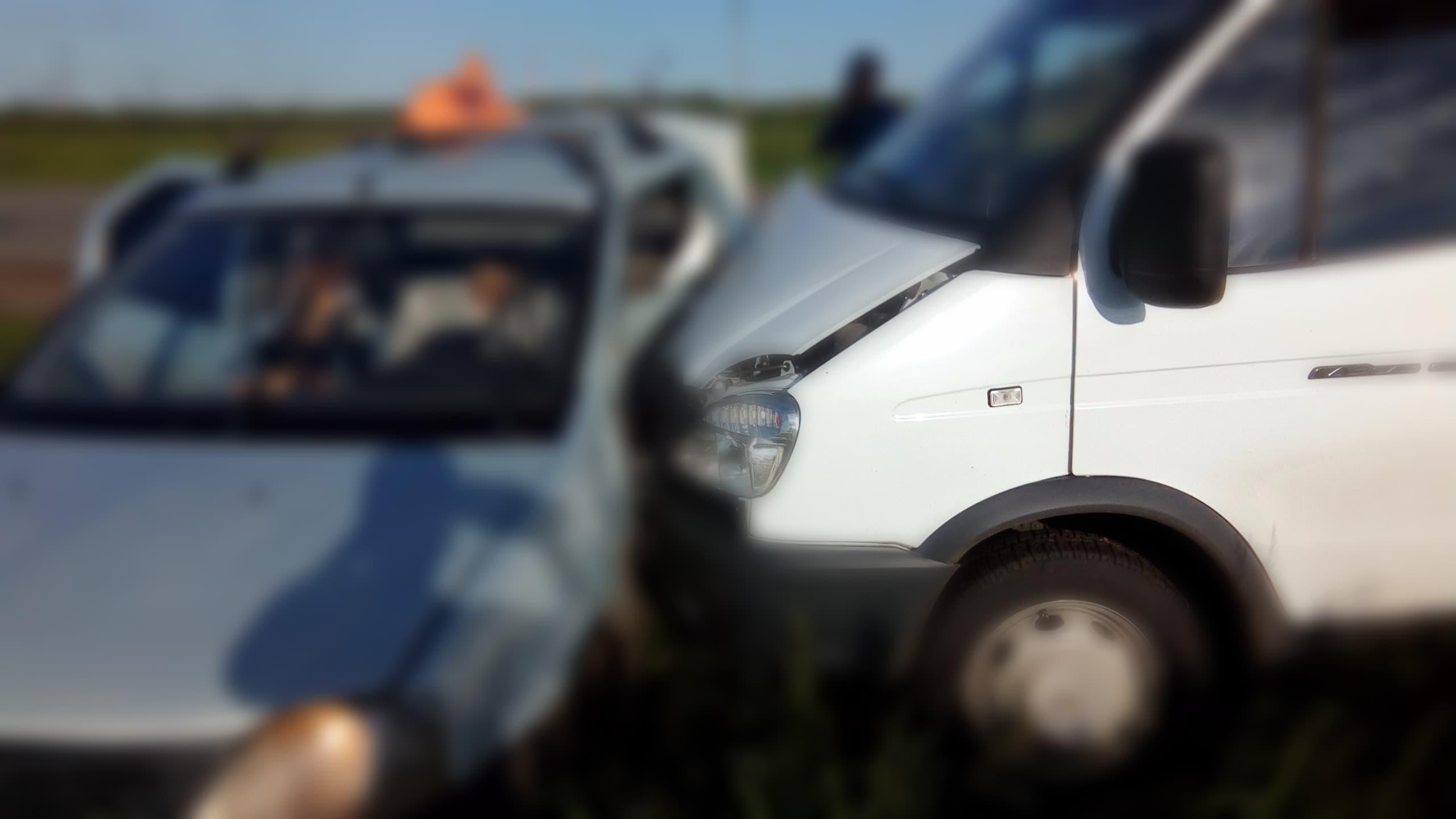 На трассе в Салавате погиб водитель такси