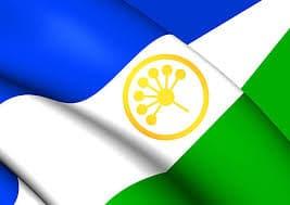 В Башкирии школы обяжут постоянно вывешивать флаг республики и исполнять гимн в начале и конце учебного года