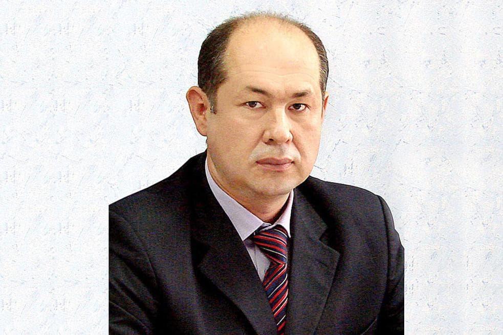 На должность главного редактора газеты «Башкортостан» утвержден Вадут Исхаков
