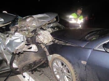 В Аургазинском районе внедорожник столкнулся сразу с двумя автомобилями: погиб пассажир