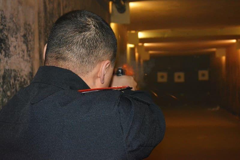 В городе Октябрьском прошли соревнования по стрельбе среди полицейских