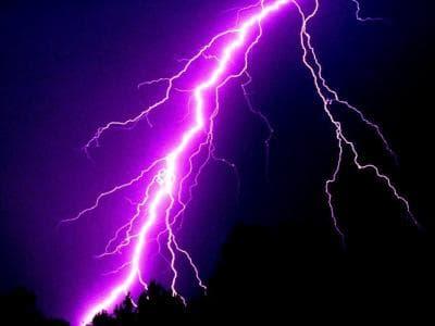 В Белокатайском районе от удара молнией погиб мужчина