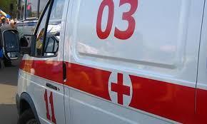 В Уфе мужчина упал с крыши двухэтажного дома