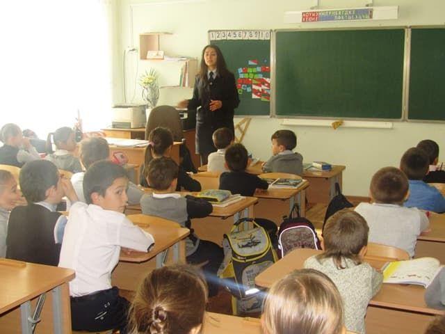 В Октябрьском полицейские провели со школьниками познавательные лекции