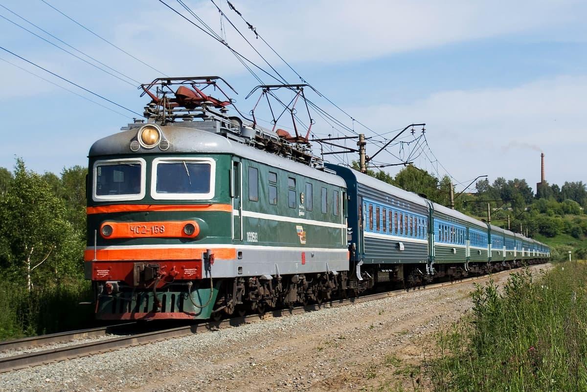В Стерлитамаке под колесами поезда погиб 21-летний местный житель