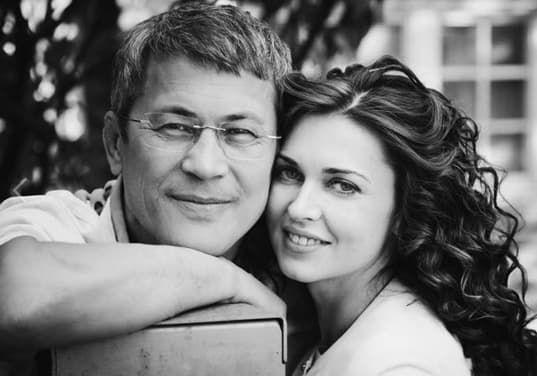 Жена Радия Хабирова Каринэ, назначенного на днях врио главы Республики Башкортостан, родилась и выросла в Майкопе