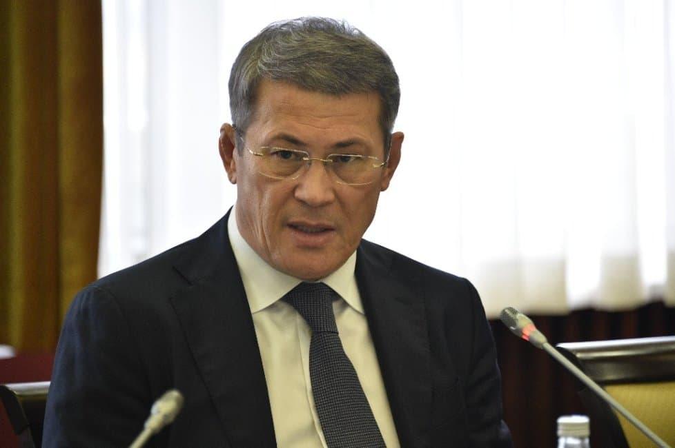 Радий Хабиров призвал депутатов Башкирии укреплять авторитет Госсобрания путем работы со своими избирателями