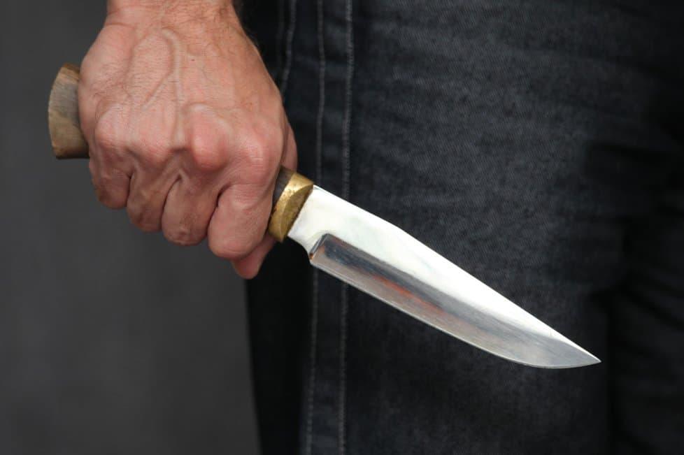 В Зилаирском районе в разборках жены с мужем пострадал местный житель