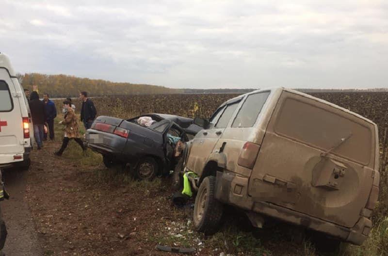 В Ишимбайском районе автоледи врезалась во встречный УАЗ: погиб пожилой пассажир