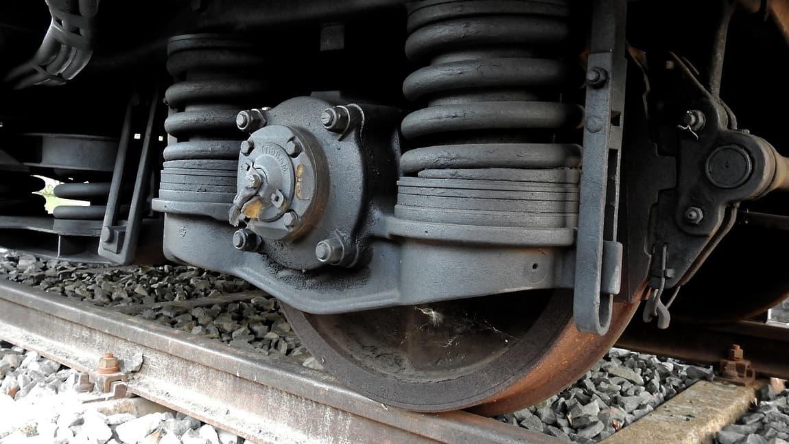 В Башкирии столкнулись поезд и грузовой автомобиль