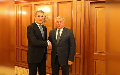 Радий Хабиров встретился с директором Роснефти Игорем Сечиным