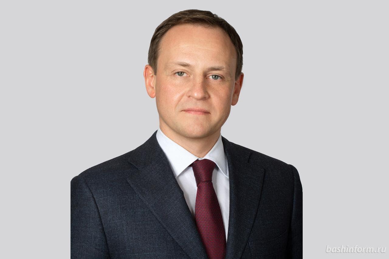 Кто такой Александр Сидякин:  депутат государственной думы возглавивший Администрацию Главы Башкирии