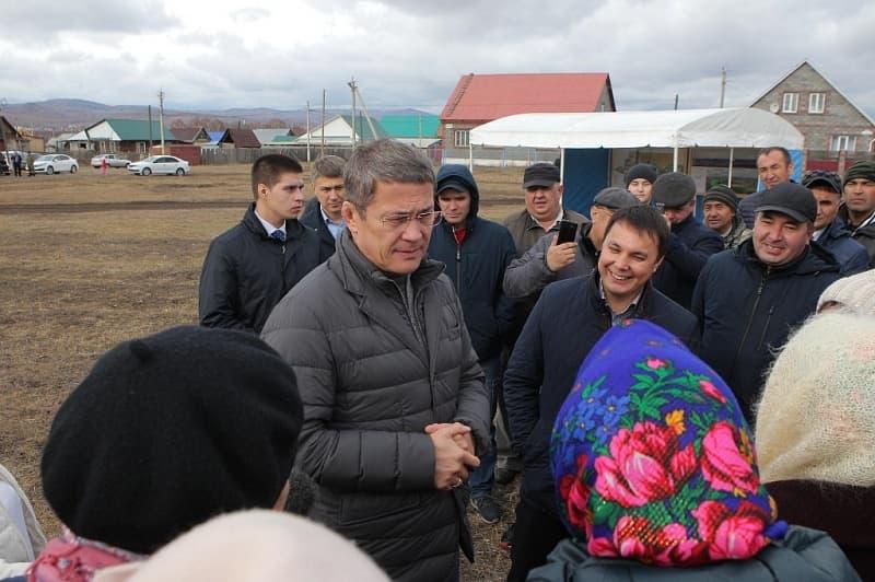 Радий Хабиров заверил, что будет избавляться от чиновников не желающих решать проблемы населения