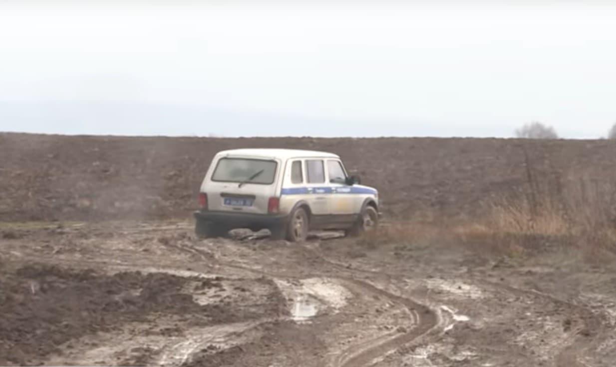 В Благовещенском районе Башкирии жители десятки лет вынуждены передвигаться по бездорожью