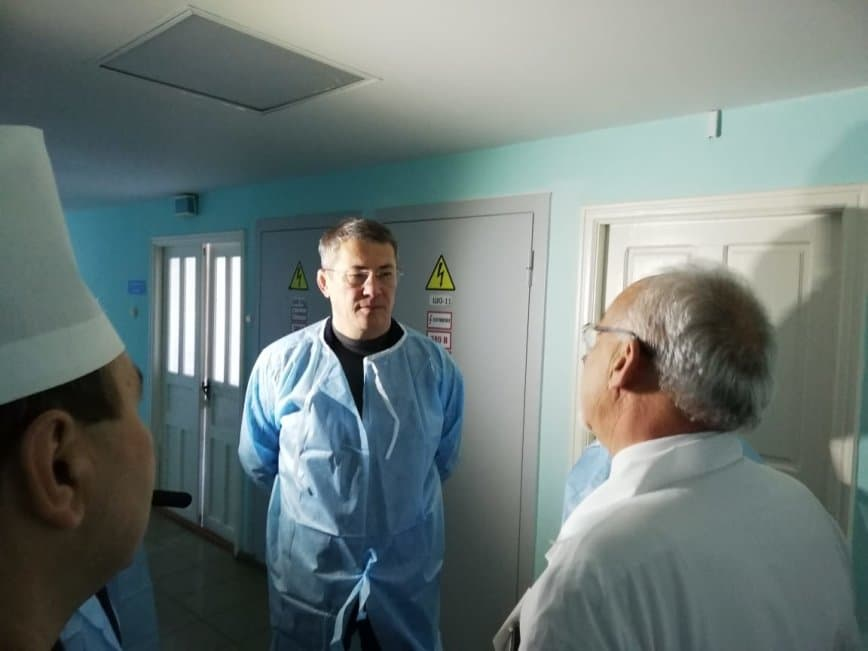 Радий Хабиров пообещал достроить больницу в Мечетлинском районе