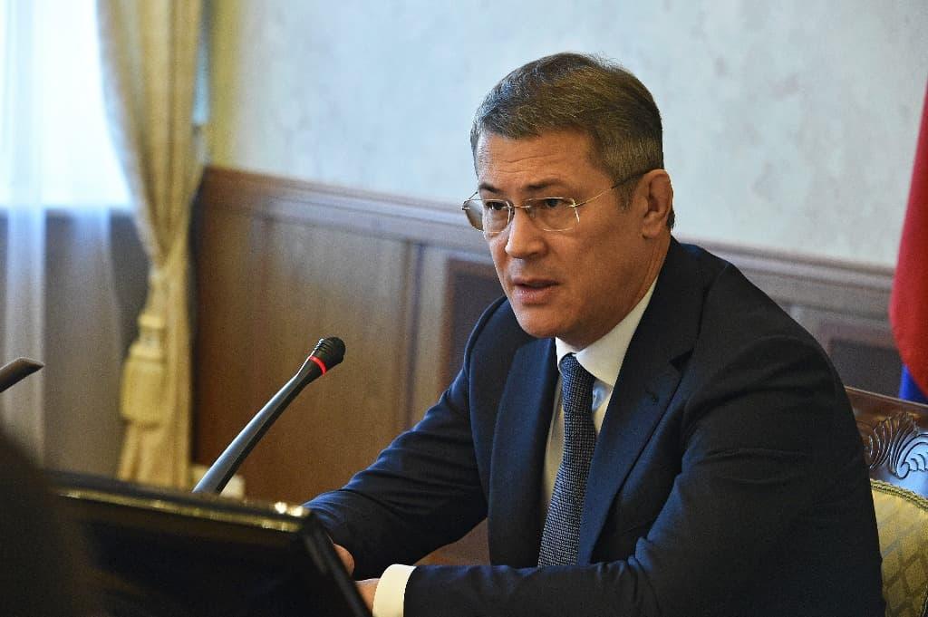 Радий Хабиров занял первое место по частоте упоминания политиков в СМИ